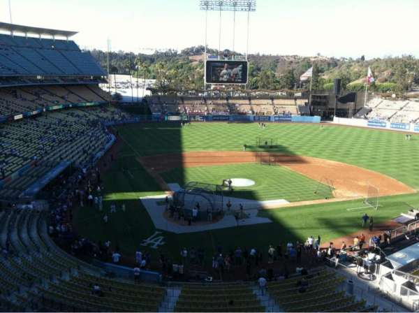 Dodger Stadium, section: 4RS, row: A, seat: 17