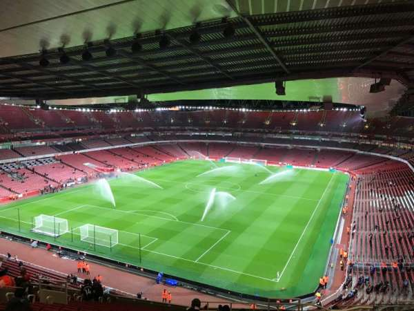 Emirates Stadium, section: 120, row: 20, seat: 822