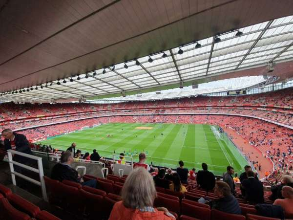 Emirates Stadium, section: 110, row: 13, seat: 526