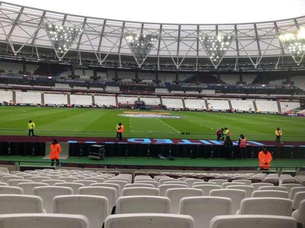 London Stadium, section: 135, row: 14, seat: 274