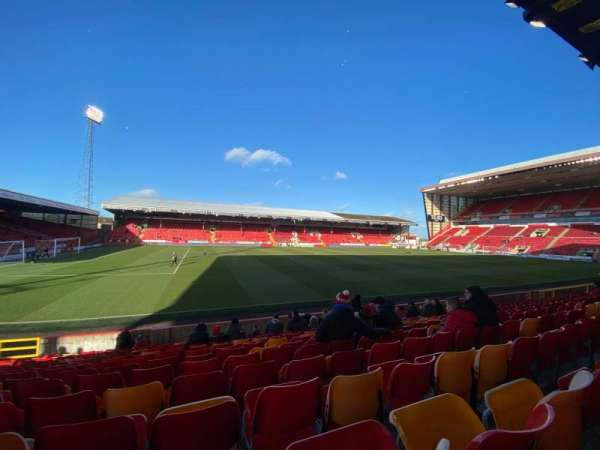Pittodrie Stadium, section: W, row: O, seat: 199