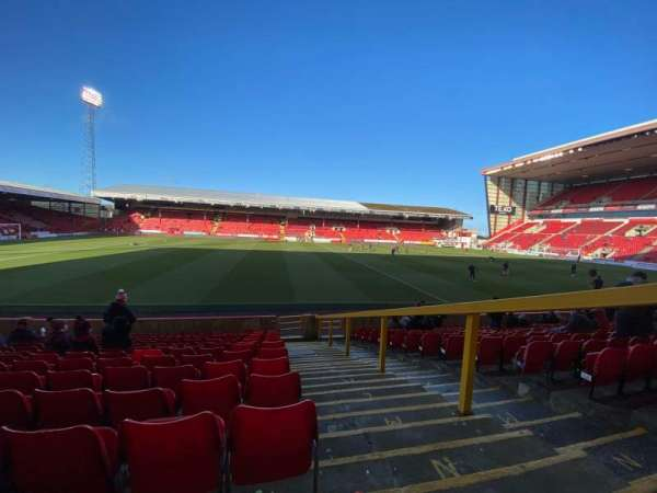Pittodrie Stadium, section: V, row: P, seat: 152