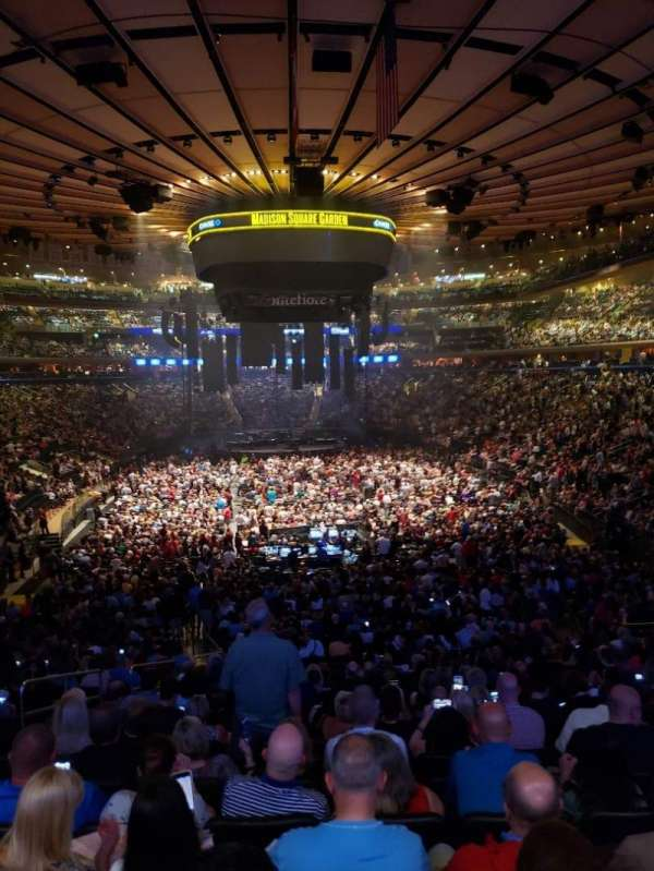Madison Square Garden, section: 102, row: 22, seat: 5