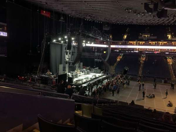 Oakland Arena, section: 115, row: 21, seat: 10