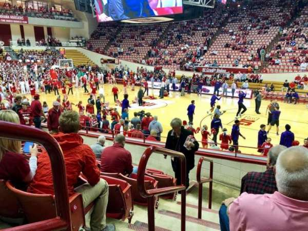 Assembly Hall (Bloomington), section: H, row: 7, seat: 101