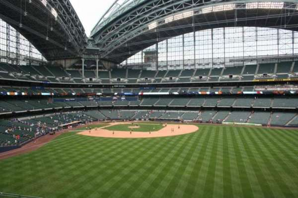 Miller Park, section: 201, row: 1, seat: 4