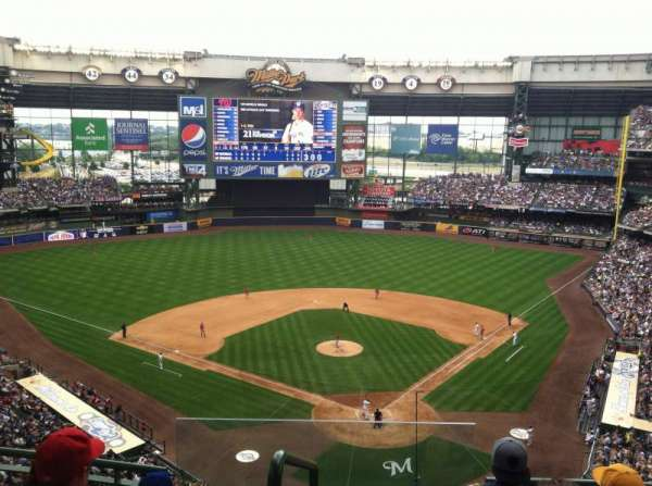 Miller Park, section: 422, row: 3, seat: 20