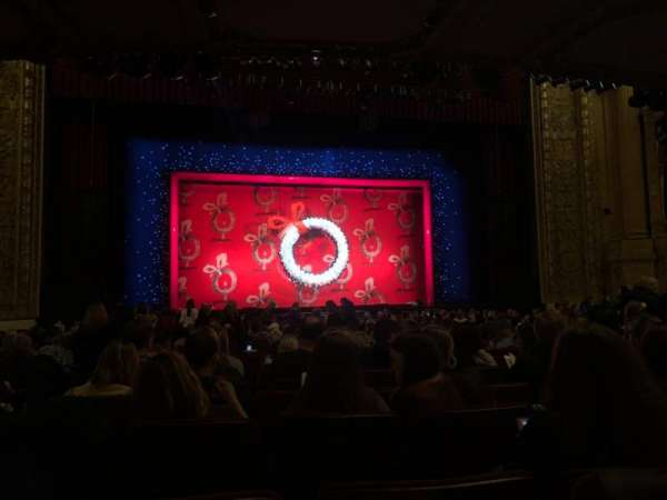 Chicago Theatre, section: MNFL4L, row: J, seat: 419