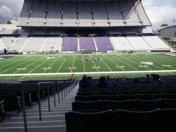 Husky Stadium, section: 106, row: 40, seat: 25