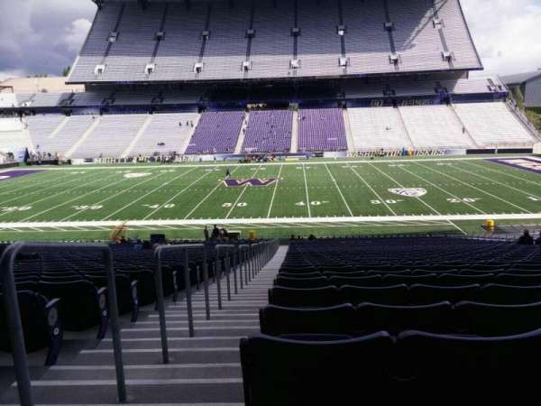 Husky Stadium, section: 105, row: 40, seat: 25