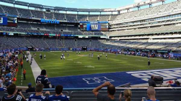 MetLife Stadium, section: 129, row: 15, seat: 14