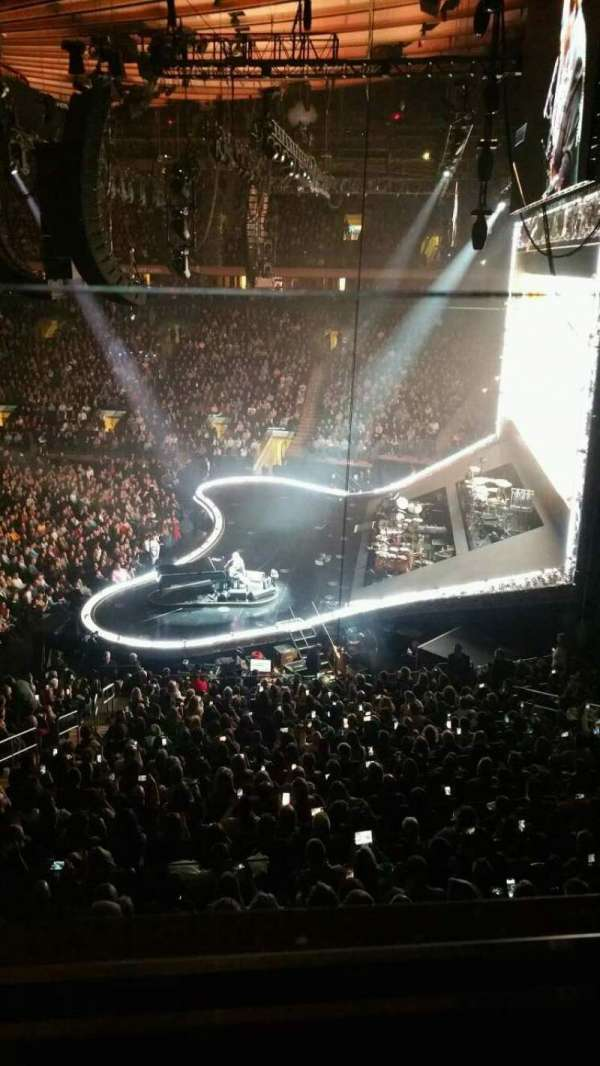 Madison Square Garden, section: 213, row: 1, seat: 9
