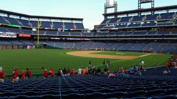 Citizens Bank Park, section: 138, row: 26, seat: 9
