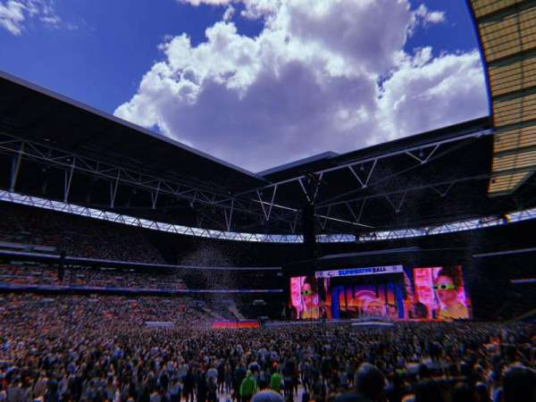 Wembley Stadium, section: 105, row: 13, seat: 68