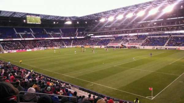 Red Bull Arena, section: 122, row: 16, seat: 17