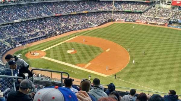 Yankee Stadium, section: 413, row: 7, seat: 20
