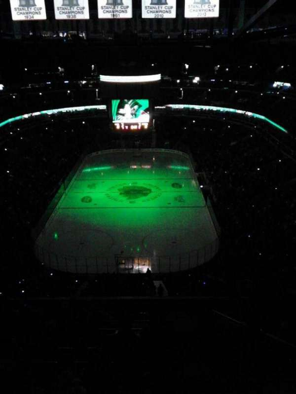 United Center, section: 324, row: 16, seat: 10