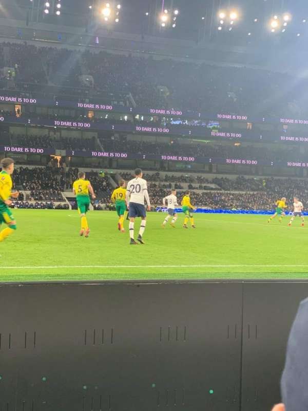 Tottenham Hotspur Stadium, section: 122, row: 2, seat: 678
