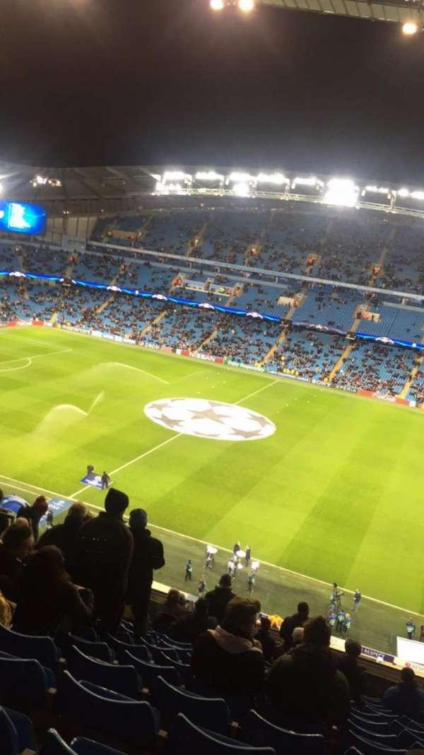 Etihad Stadium (Manchester), section: 324, row: N, seat: 686