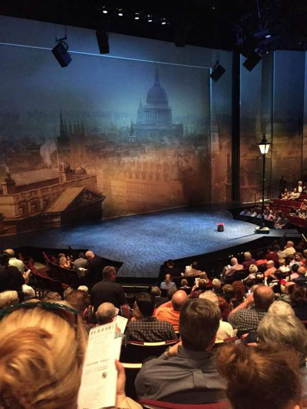 Vivian Beaumont Theater, section: Orchestra LC, row: O, seat: 209