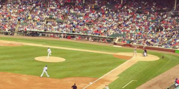 Wrigley Field, section: 304L, row: 3, seat: 4