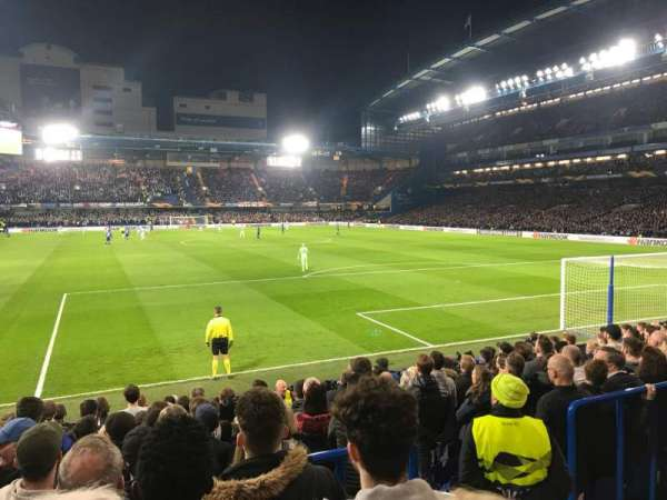 Stamford Bridge, section: MATTHEW HARDING LOWER 14, row: Q, seat: 122