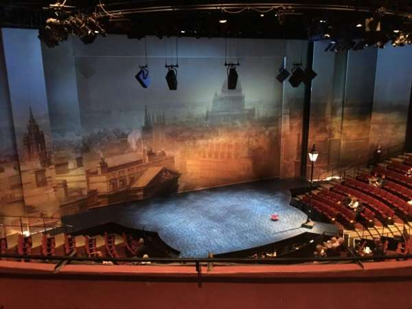 Vivian Beaumont Theater, section: LOGE LC, row: C, seat: 208