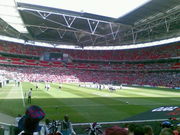Wembley Stadium, section: 137, row: 9, seat: 90