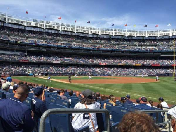 Yankee Stadium, section: 011, row: 7, seat: 9