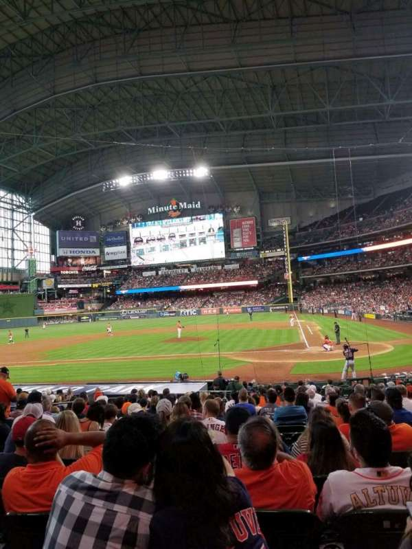 Minute Maid Park, section: 116, row: 21, seat: 11