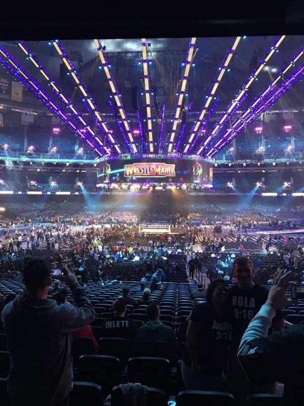 Mercedes-Benz Superdome, section: 142, row: 33, seat: 2