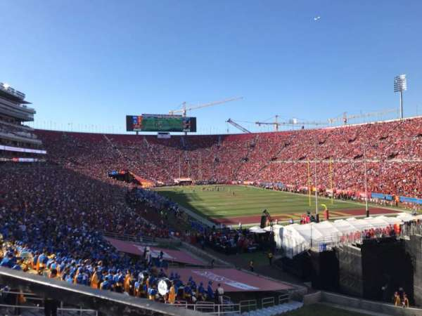 Los Angeles Memorial Coliseum, section: 100, row: 43, seat: 7