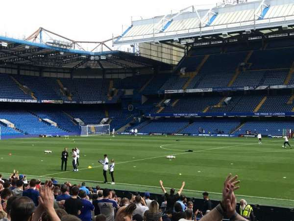 Stamford Bridge, section: West Stand Lower 2, row: 21, seat: 52