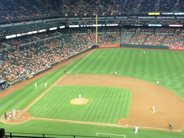 Oriole Park at Camden Yards, section: 324, row: 18