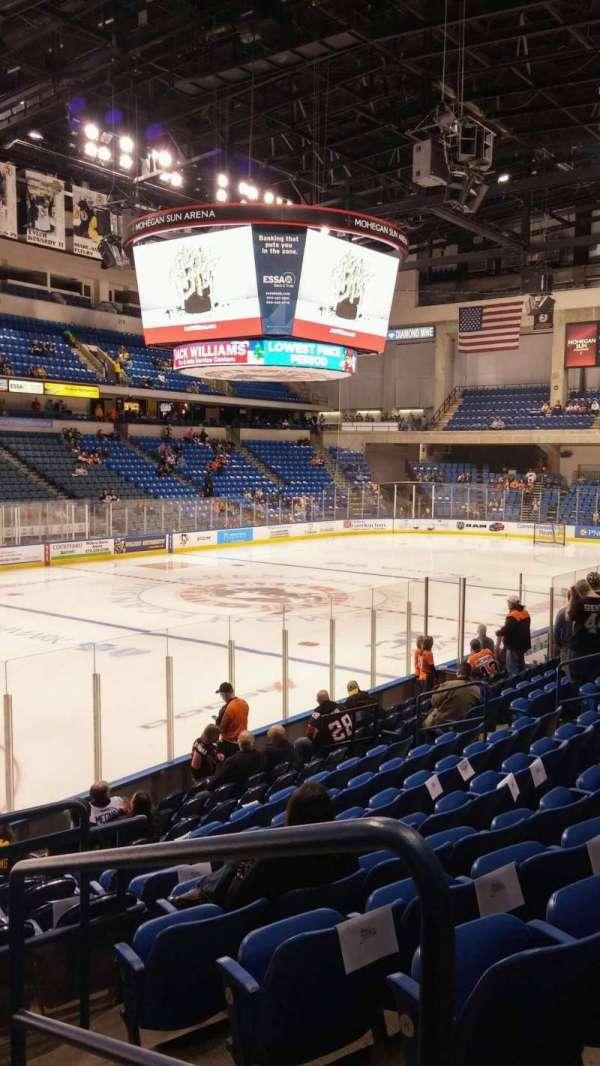 Mohegan Sun Arena at Casey Plaza, section: 106, row: M, seat: 19