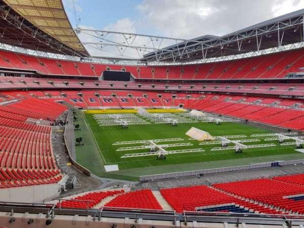 Wembley Stadium, section: 215, row: 12