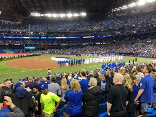Rogers Centre, section: 129L, row: 17, seat: 101