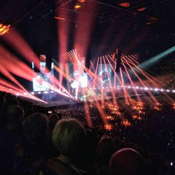 Ziggo Dome, section: 109, row: 14, seat: 325