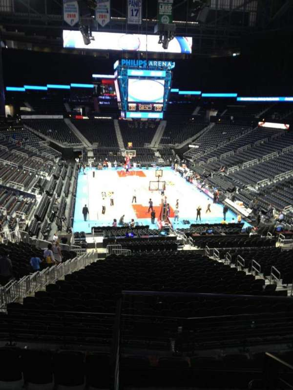 State Farm Arena, section: 220, row: E, seat: 5