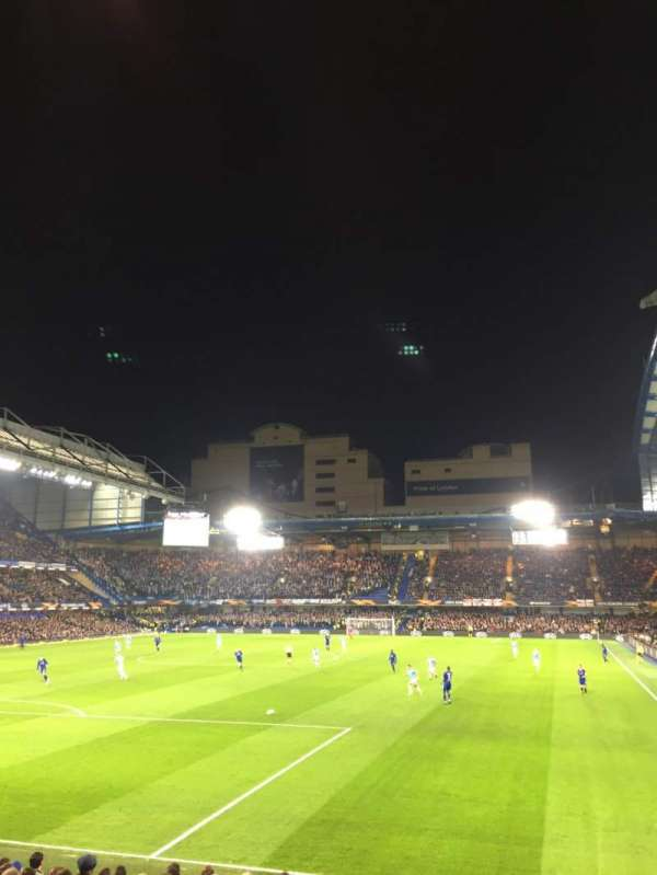 Stamford Bridge, section: 10, row: T, seat: 305