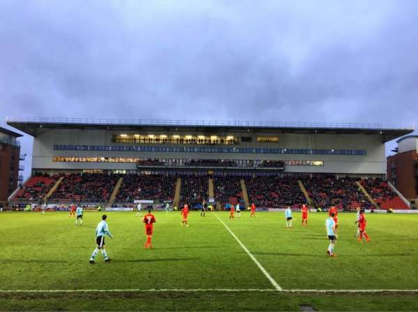 Brisbane Road, section: D, row: LE, seat: 90