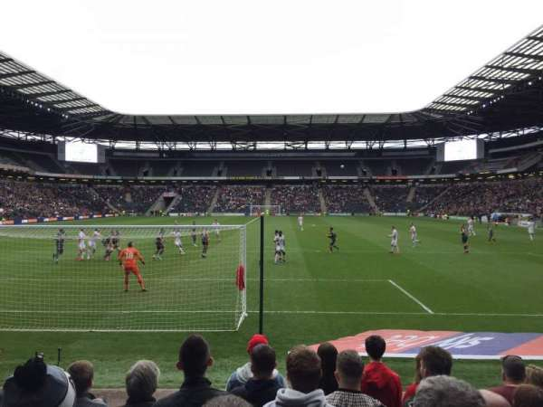 Stadium:mk, section: 32, row: H, seat: 904