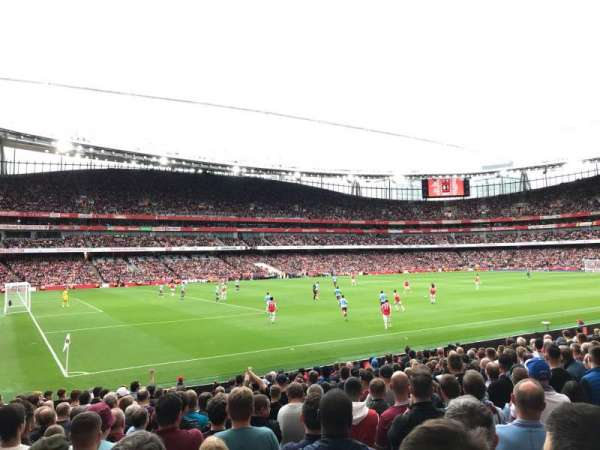 Emirates Stadium, section: 20, row: 18, seat: 619