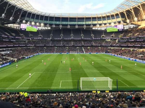 Tottenham Hotspur Stadium, section: 254, row: 32, seat: 233