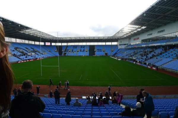 Ricoh Arena, section: 30, row: V, seat: 5