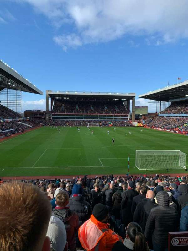 Villa Park, section: L6, row: EE, seat: 157