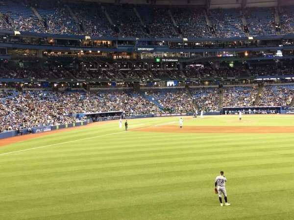 Rogers Centre, section: 105L, row: 1, seat: 105