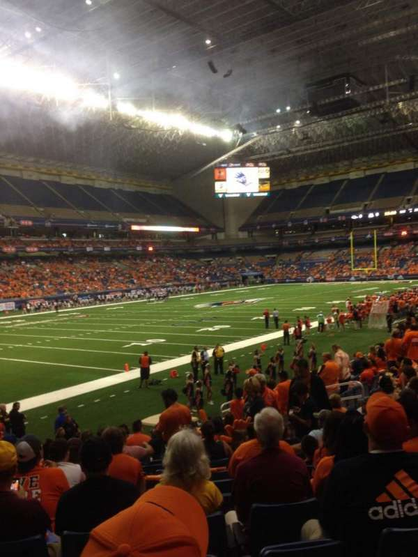 Alamodome, section: 140, row: 10, seat: 12