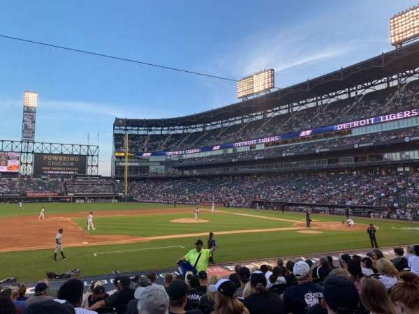 Guaranteed Rate Field, section: 141, row: 15, seat: 6