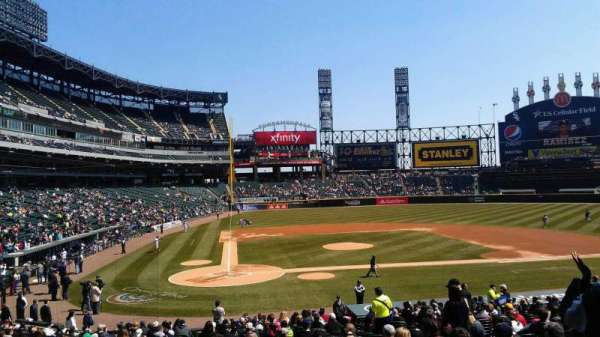 Guaranteed Rate Field, section: 128, row: 29, seat: 8